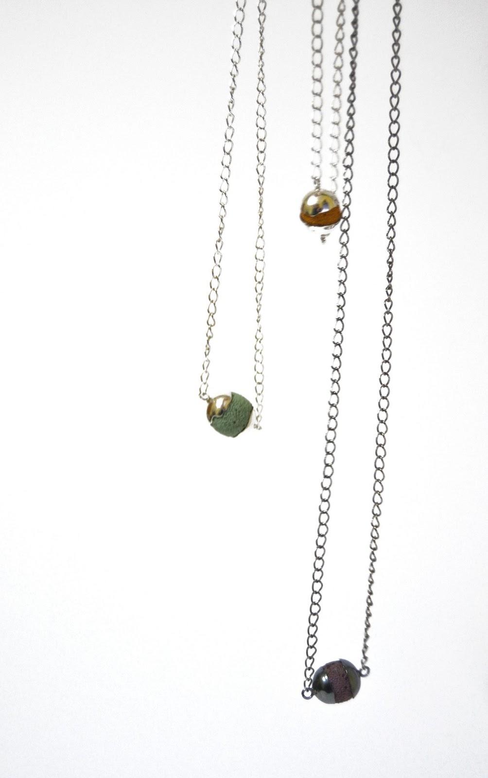 Collar Simple Colección Sombra de xoias meniNas. Sandra de Jesus