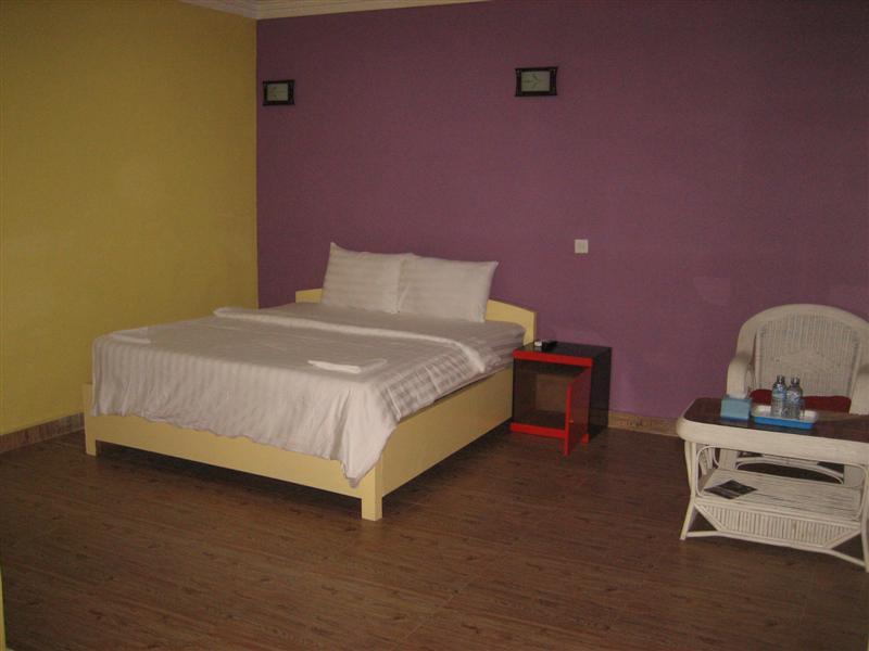 von thailand nach kambodscha auf zu neuen ufern geschafft. Black Bedroom Furniture Sets. Home Design Ideas