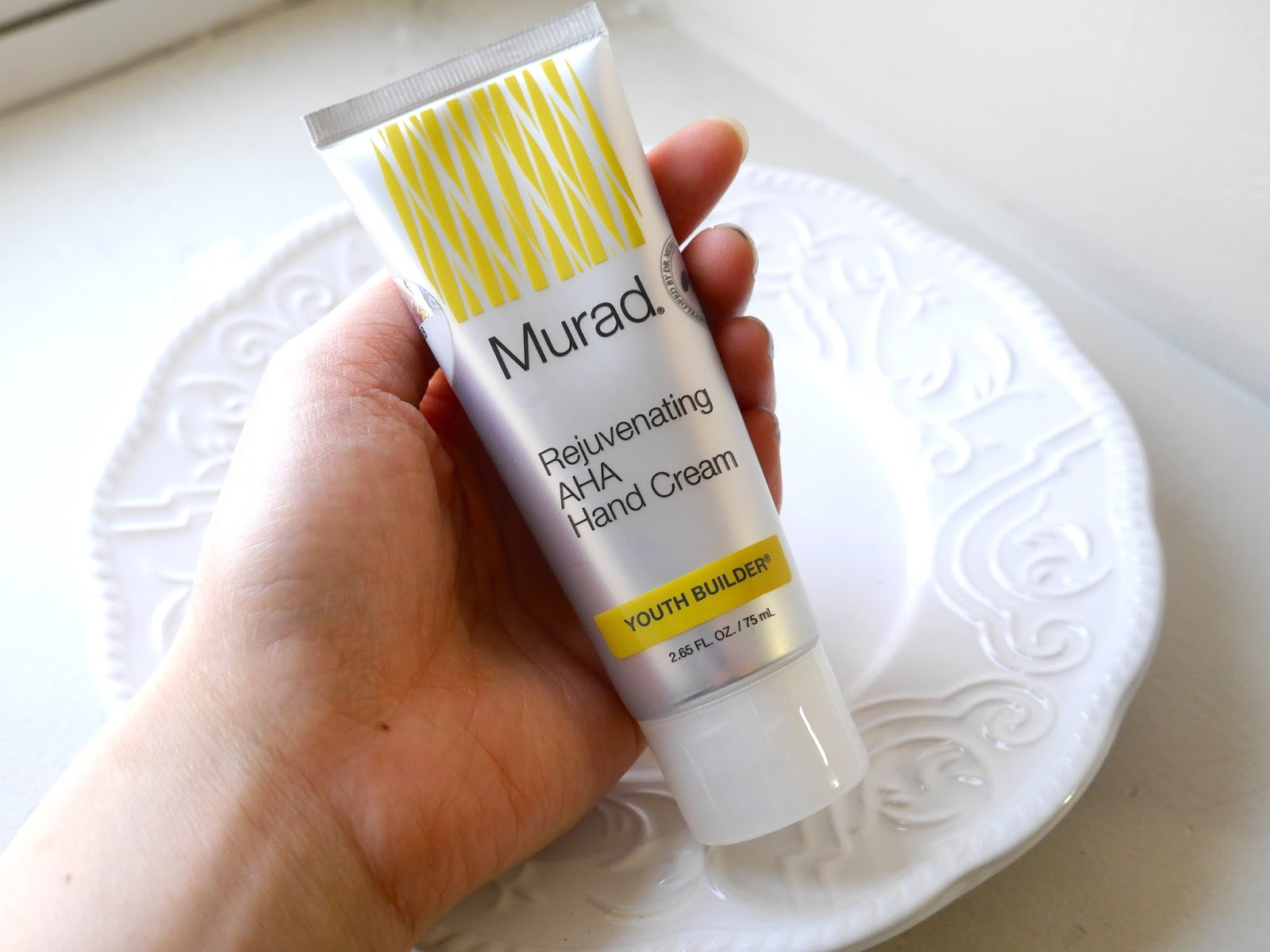 Murad Youth Builder rejuvenating aha hand cream review