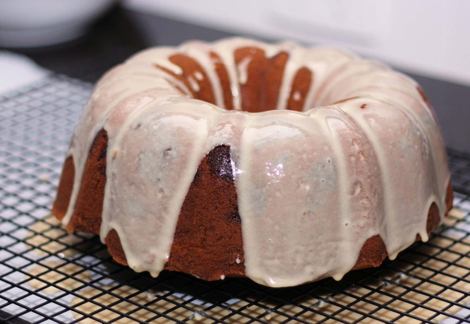 Brown Sugar and Chocolate Chip Pound Cake with Maple Glaze ...