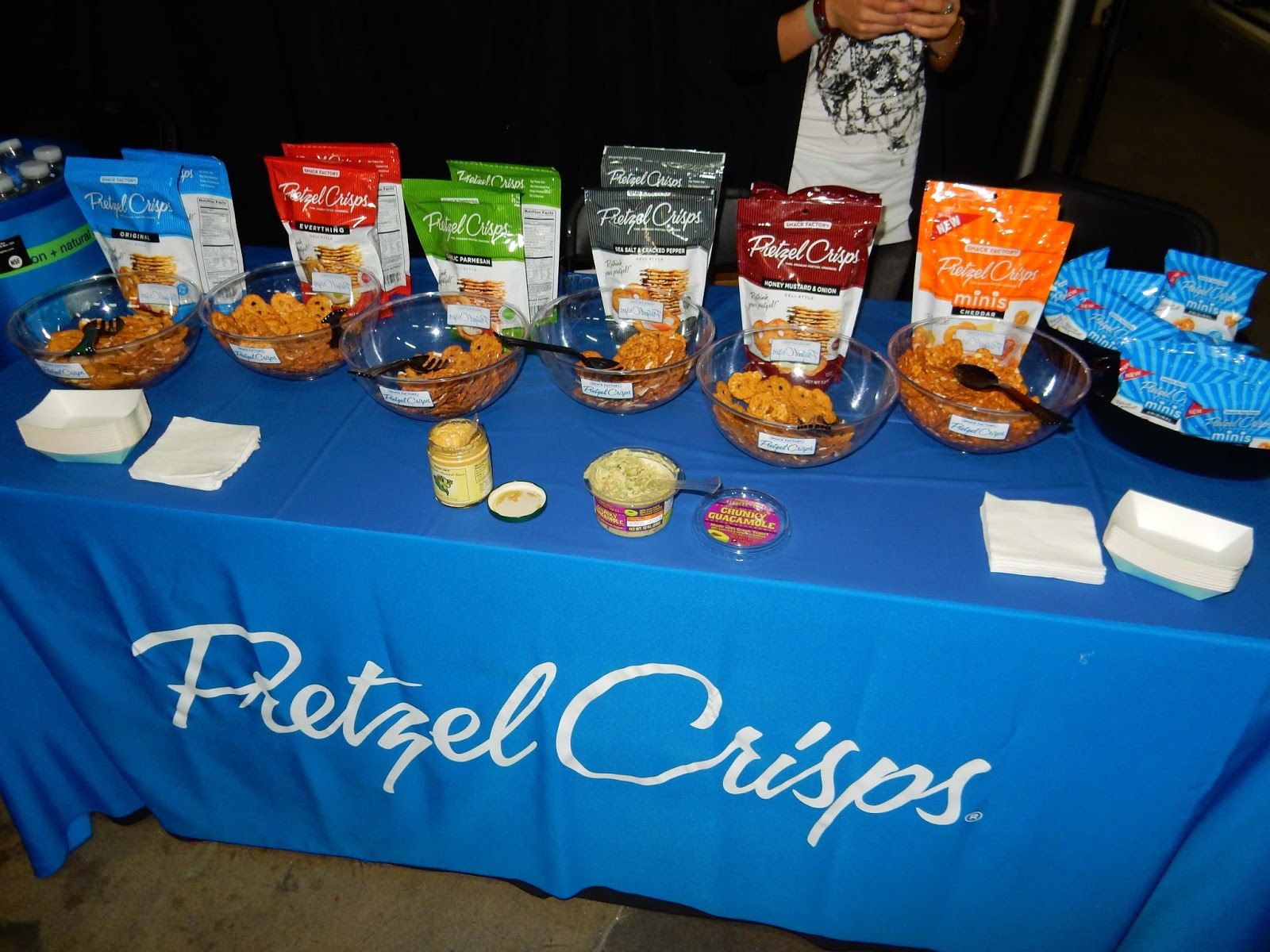 Gilt Los Angeles Shopping event pretzel chips
