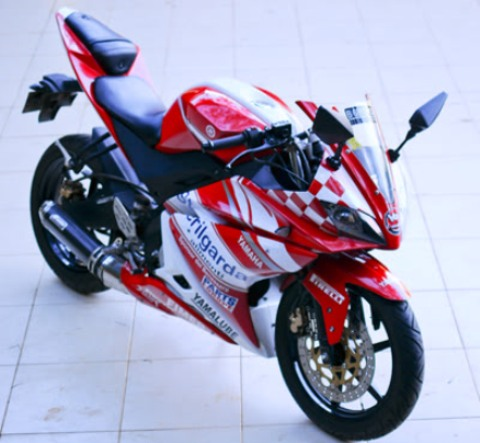 Gambar Modifikasi Motor Yamaha Vixion New Terbaru Putih Merah 2013