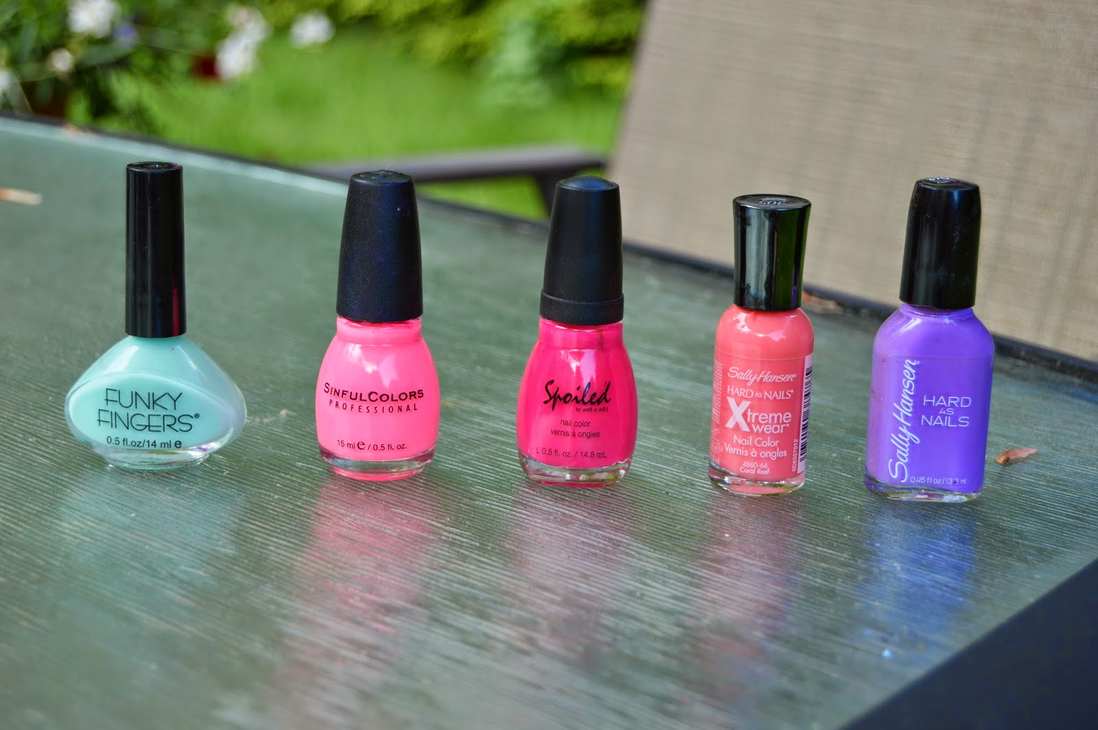 the perks of being elise: Top 5 Tuesday: Summer Nail Polishes