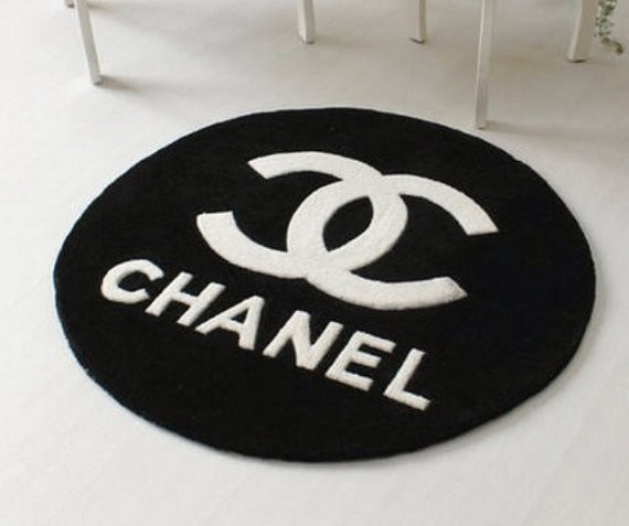 tapis chanel. Black Bedroom Furniture Sets. Home Design Ideas
