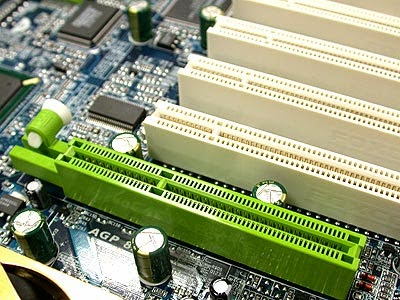 Cara Memasang VGA Card Di Komputer ( PC )