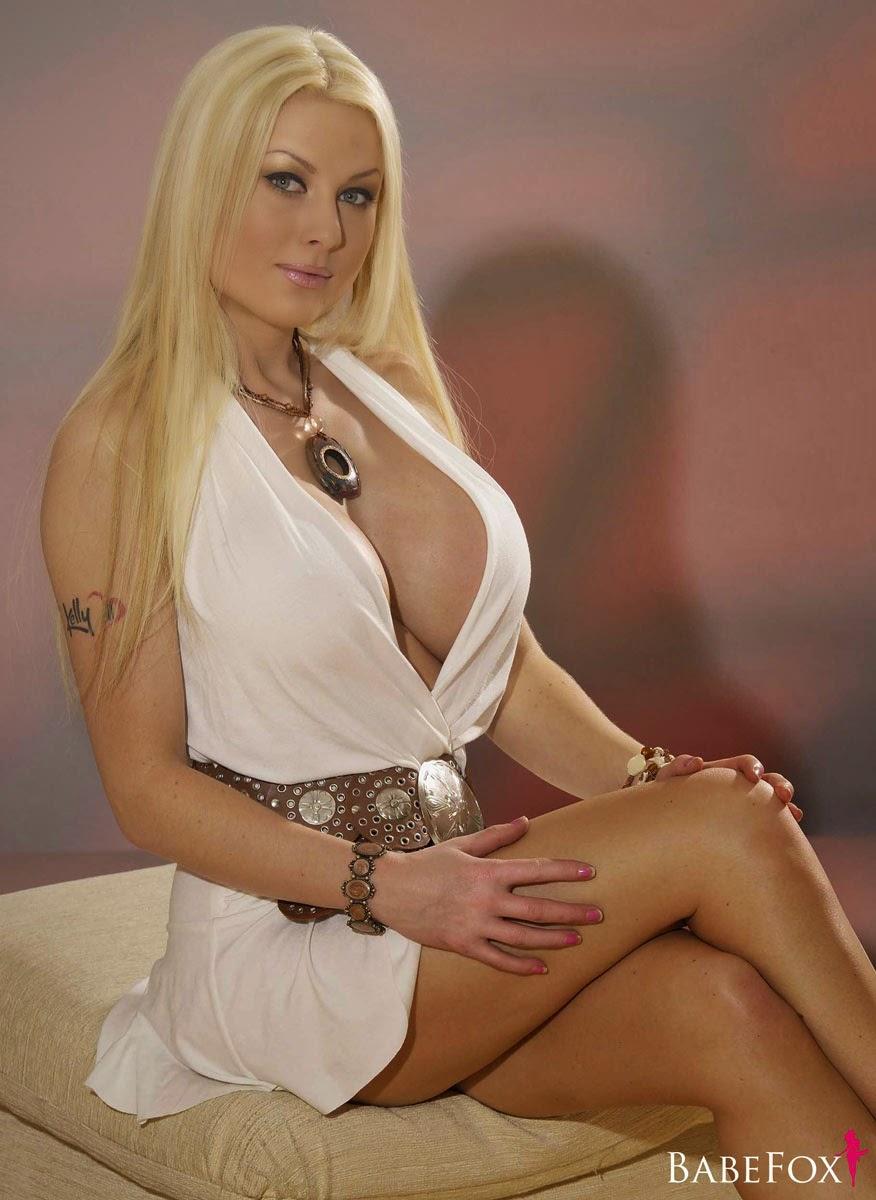 Best celebrity blonde highlights