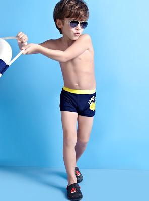 Lo que debes considerar al elegirle un traje de baño  Mi Kinder