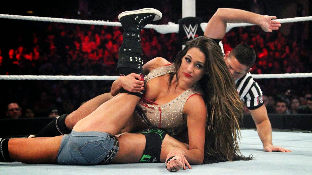 Nikki Bella-AJ Lee-WWE