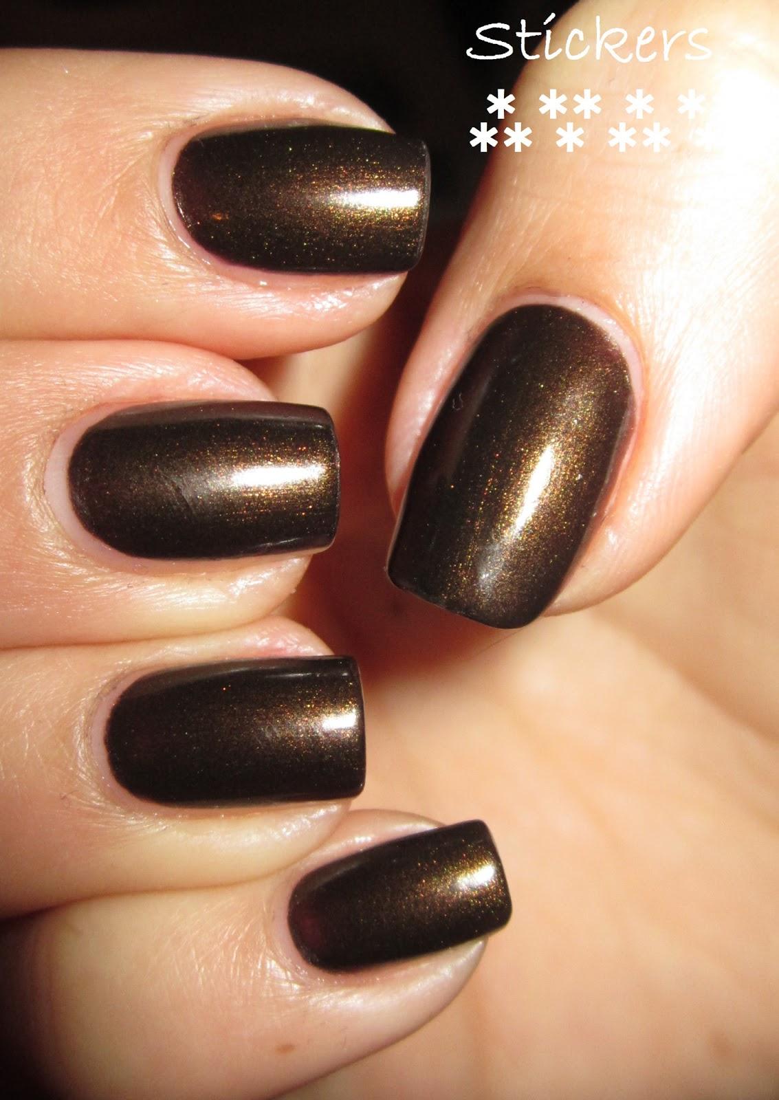 Nails, wanted!: Sally Hansen Valentino