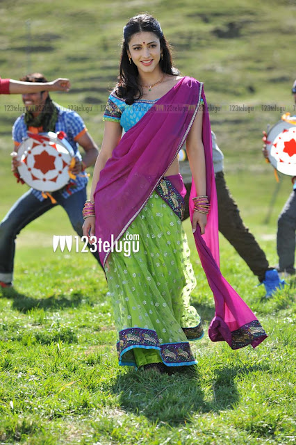 Shruti Hassan in green purple saree - Shruti Hassan in Gabbar Singh