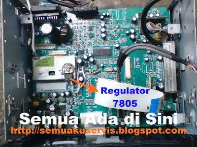 Mengganti regulator tegangan TV mobil Oris aio 2880