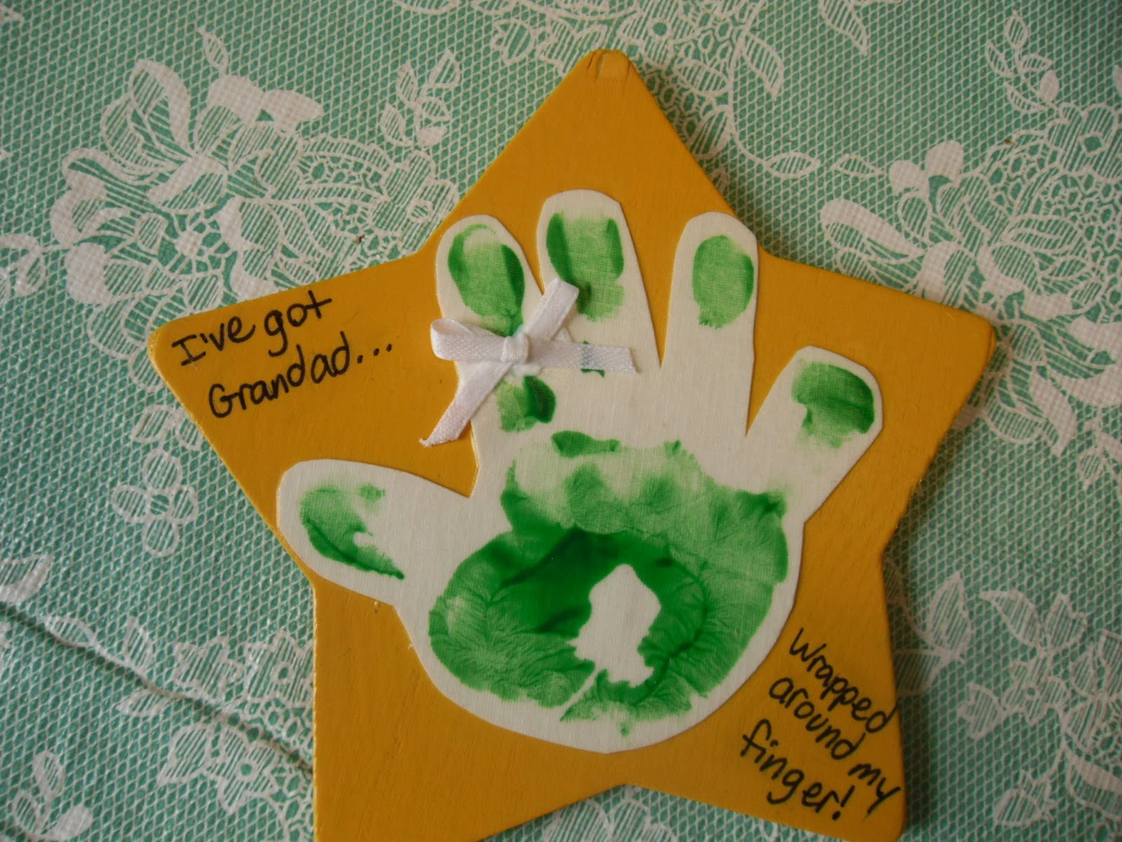 Splendor in the home easy crafts for toddlers not for All about me toddler crafts