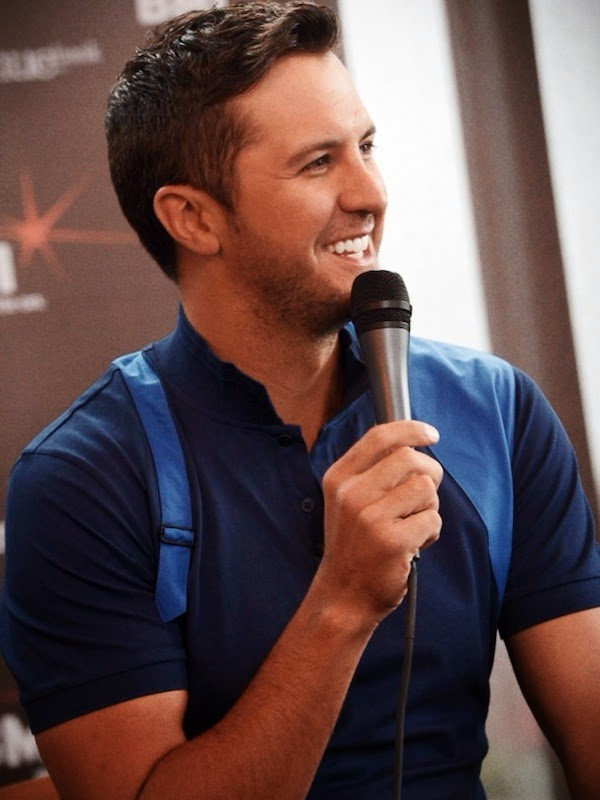 Luke Bryan Alexander McQueen blue harness polo shirt CMA Music Festival