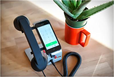 قاعدة تريحك من عناء حمل الهاتف Iphone 5S , 5C