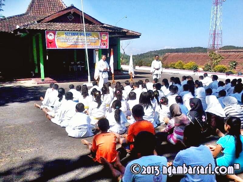 Antusias Peserta dalam menerima intruksi Pelatih INKAI