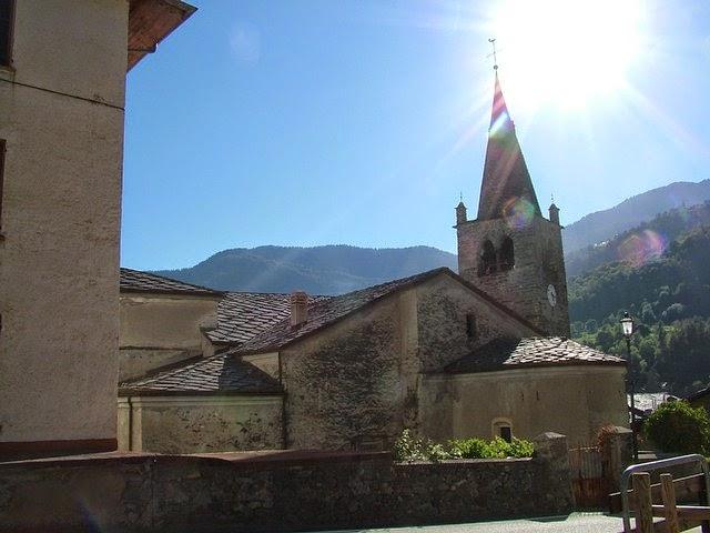 chiesa e campanile Antey