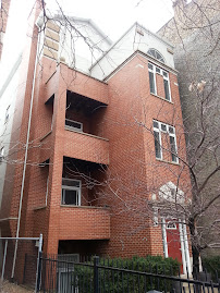 Just Sold: Lincoln Park condo at 2133 N Southport #2 for $270,000