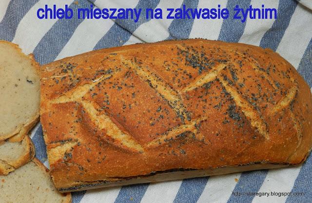 Chleb mieszany na zakwasie żytnim