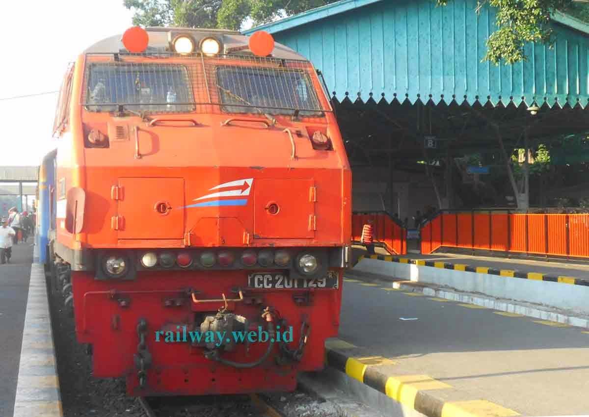 Lokomotif C1 129R