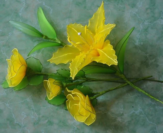Cặp đôi hoàn hảo 2011 lam%2Bhoa%2Bhong%2Bvai%2Bvoan%2B13 Hướng dẫn làm hoa hồng bằng vải voan cực đẹp