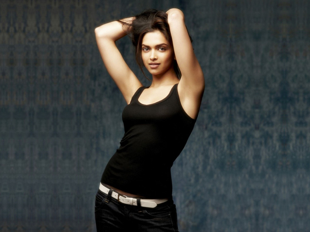 Deepika hot pose pic - Deepika padukone hd pics 2012