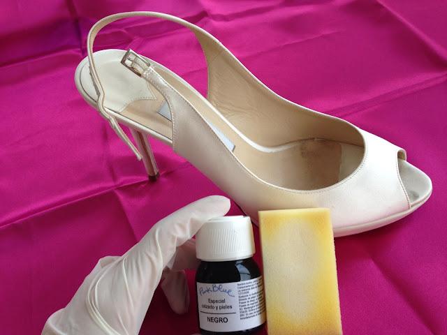 Cómo teñir unos zapatos de novia de tela