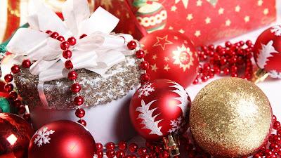 Fondos e imágenes navideñas con esferas y adornos