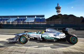 Mercedes-Benz AMG F1 W04 2013 Side