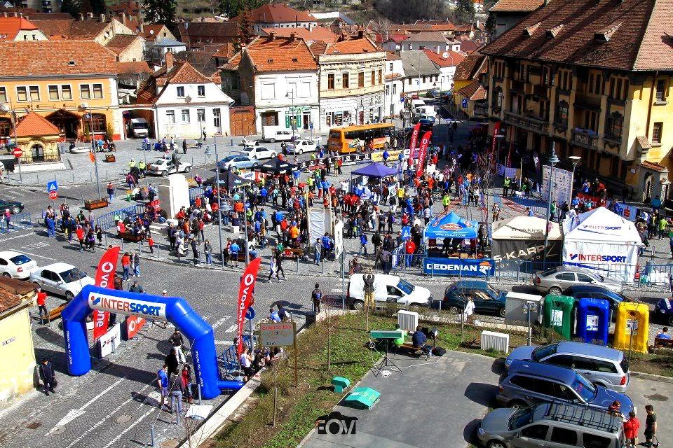 Semimaraton Braşov, 4 Aprilie 2015. Susţine o cauză de fundraising sau aleargă pentru ea. Panorama