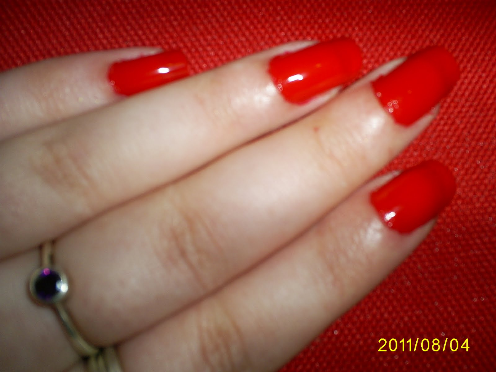 I Then Lied Various Heart Themed Stencils From My Kiss Nail Artist Paint Stencil Kit Mdk01 To The Nails Of Left Hand And Carefully Painted