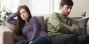 علامات تحذيرية لإمكانية إنتهاء العلاقة الزوجية بالطلاق,الانفصال,الخصام,man woman fighting divorce break up