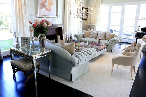 This Livingroom Is Very Luxe And On The Girly Side Which Is Lisa S