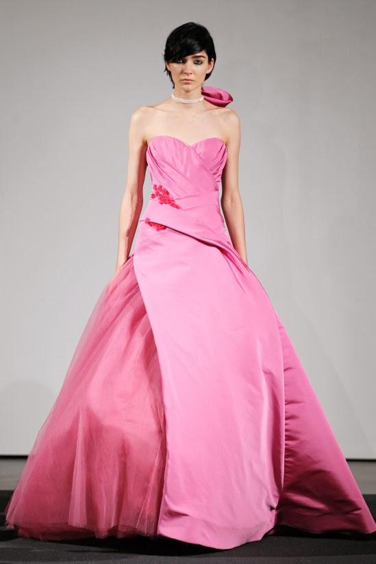 Noivas de Vestidos Rosa