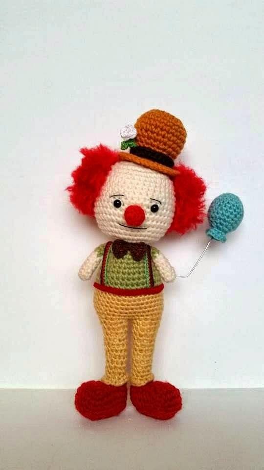 Amigurumi Supplies : A mi dorable crochet clown pattern