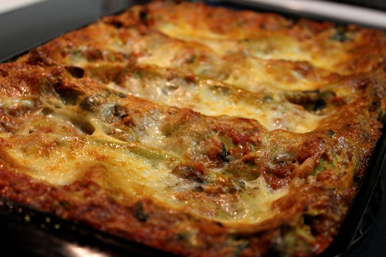 spinach tomato lasagna with sausage adapted from spinach and tomato