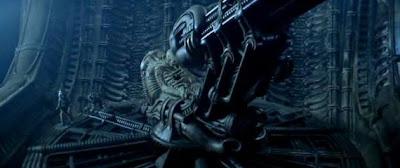 http://4.bp.blogspot.com/-ePcW_D9J5kY/TWcsvqgYqdI/AAAAAAAACDM/nsmwefOY6LY/s400/alien-movie-still.jpg