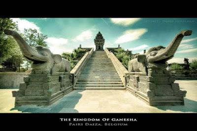 http://asalasah.blogspot.com/2013/01/nama-dari-indonesia-yang-dipakai-di.html