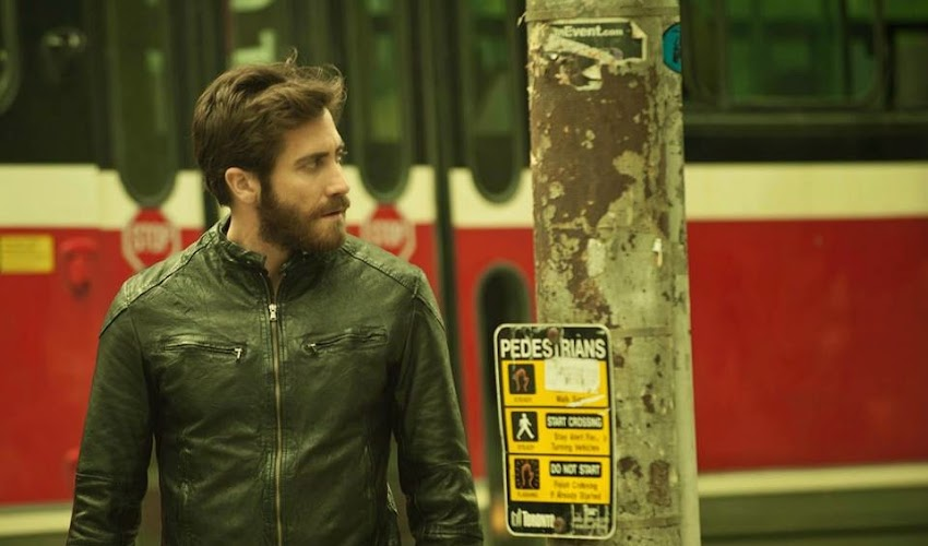 "DUPLICITY: JAKE GYLLENHAAL on Creating the Characters Adam and Anthony in ""ENEMY"""