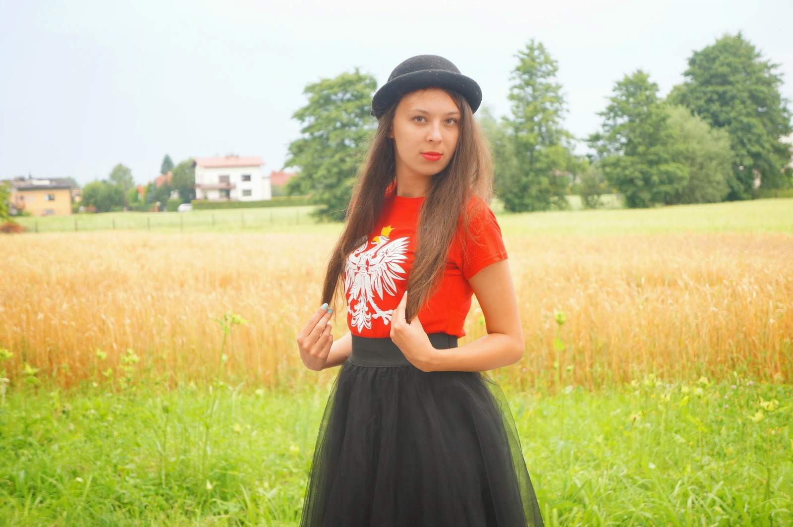 Slavic girl. Polski orzełek.