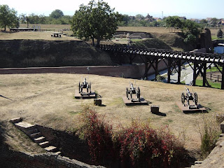 Platform of artillery and St Francis of Paola Raveline