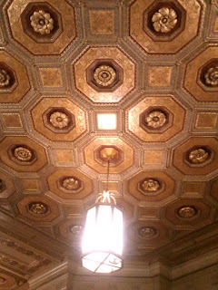 The ceiling in the lobby at 629 Euclid