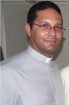 VIGÁRIO AUXILIAR