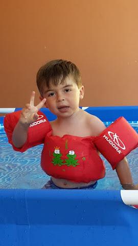 Gabri à la piscine