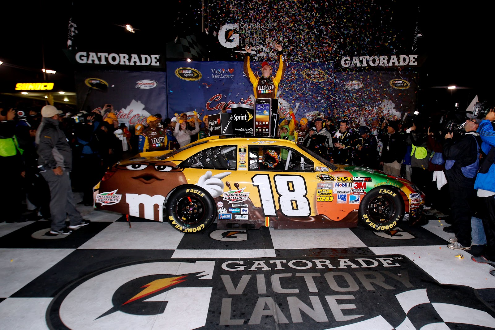 Gibbs Garage: Kyle Busch makes it two-in-a-row for Joe Gibbs Racing ...