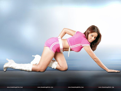 Players Movie Glamour Wallpaper-Bipasha Basu