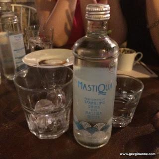 Mastiqua, sakızlı soda