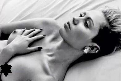 Miley Cyrus partilha foto em topless