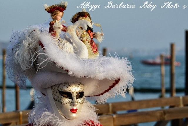 Maschera stravagante