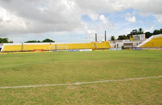 Ademir Cunha quase pronto para estreia