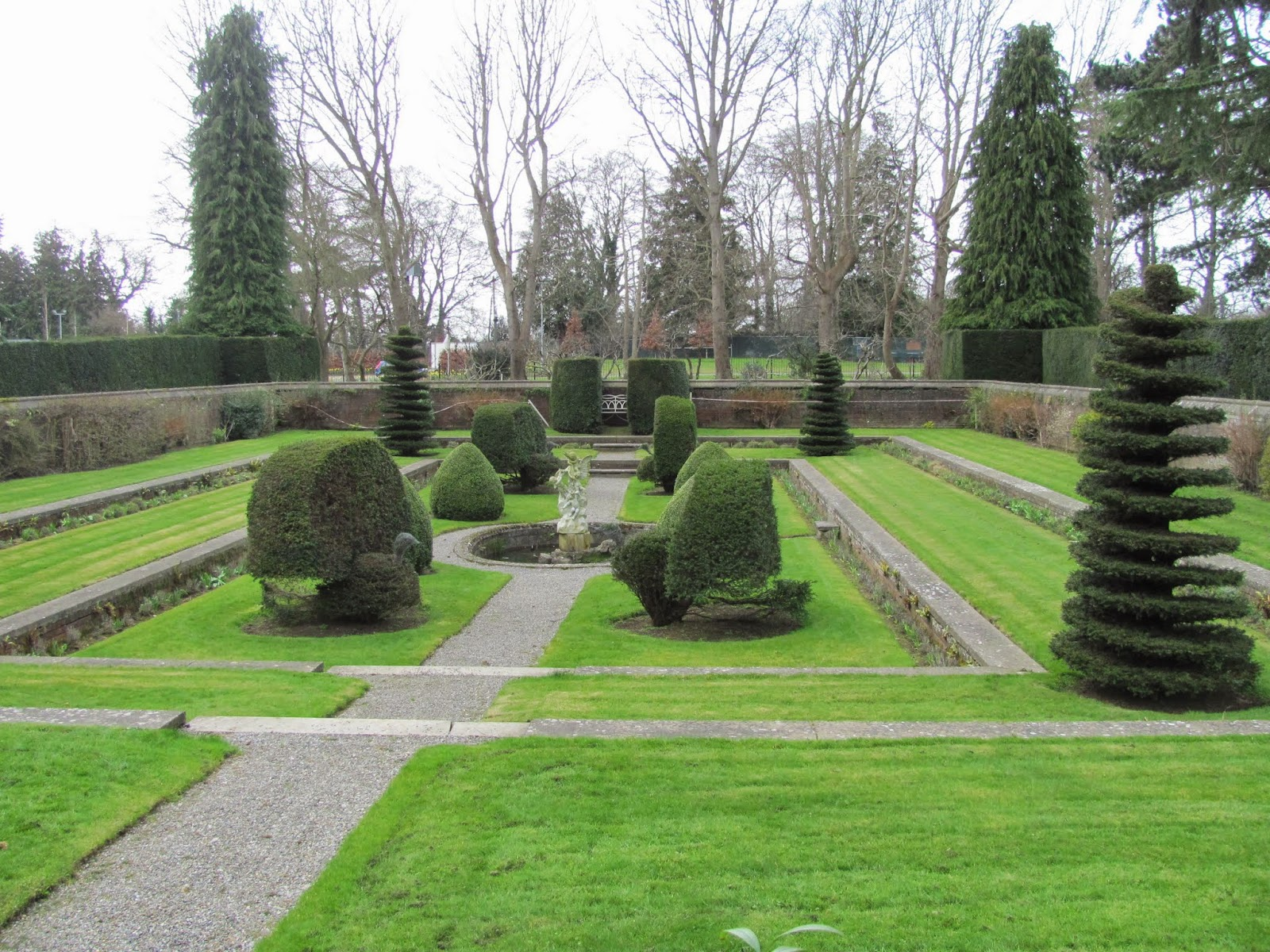 Dutch Sunken Garden - Farmleigh